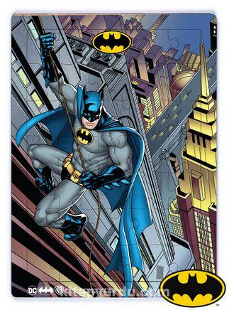 Batman - Batman Climbing to Building Ahşap Puzzle 35 Parça (KOP-BT034 -XXXV) Lisanslı Ürün
