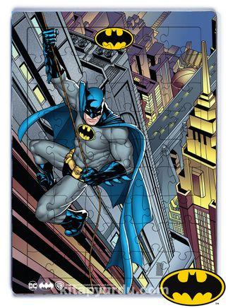 Batman - Batman Climbing to Building  Ahşap Puzzle 54 Parça (KOP-BT037 - LIV) Lisanslı Ürün