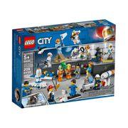 LEGO City Space Port İnsan Paketi - Uzay Araştırma ve Geliştirme (60230)