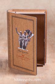Kitap Şeklinde Mıknatıslı Ahşap Akordeon Kutu - Çanakkale Zaferi Yahya Çavuş Anıtı