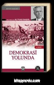 Demokrasi Yolunda